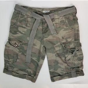 725 Originals 7 Camo Cargo Shorts with Fabric Belt
